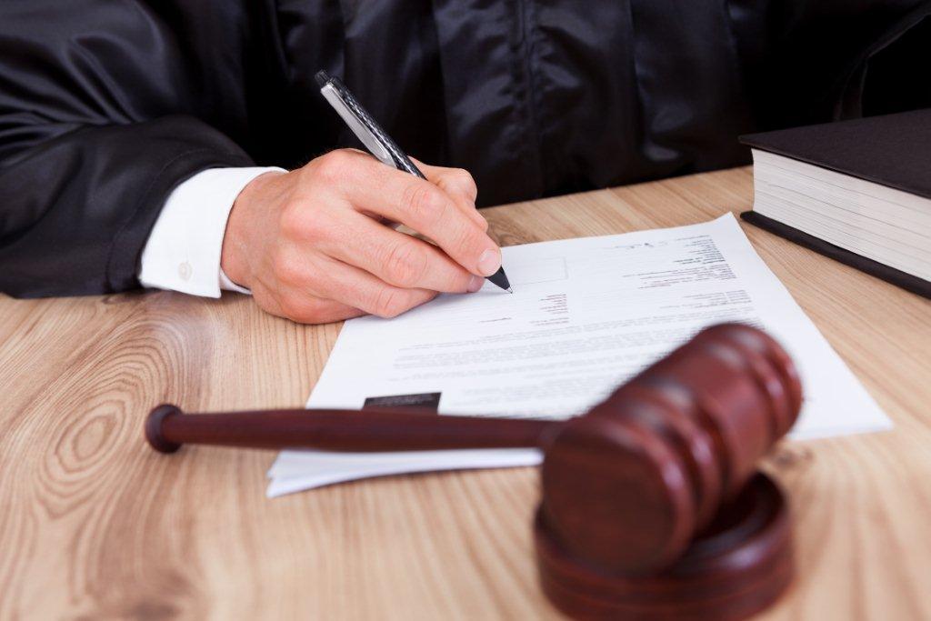 Почему не любое решение суда становится прецедентом