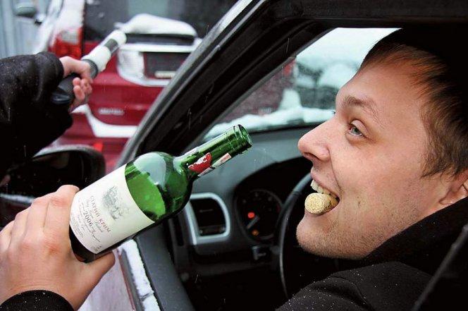Брянские автоинспекторы будут два дня вынюхивать водителей подшофе вБежице