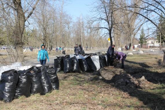 ВБрянске чиновники пожаловались нагрязь около торговых центров