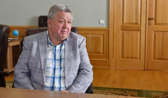 Губернатор Александр Богомаз встретился сактером театра икино Александром Тютрюмовым